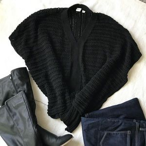 Gap crochet pull on sweater.